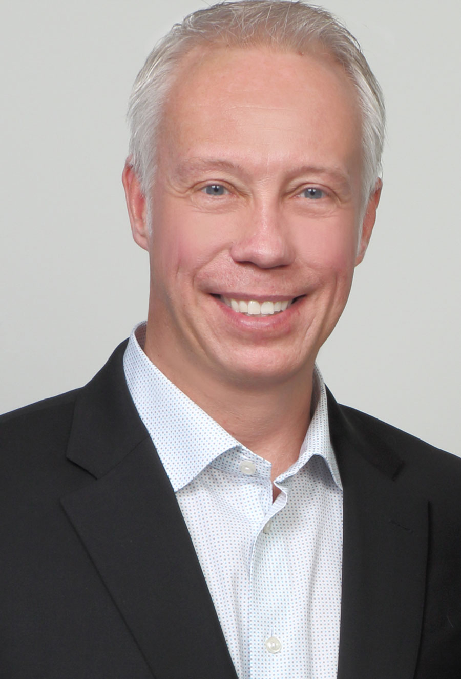 Eric Richards - Illinois Managing Broker & California Sales Person with Prairie Coast Real Estate Group