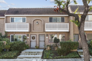 4948 #14 Pearce, Huntington Beach, CA
